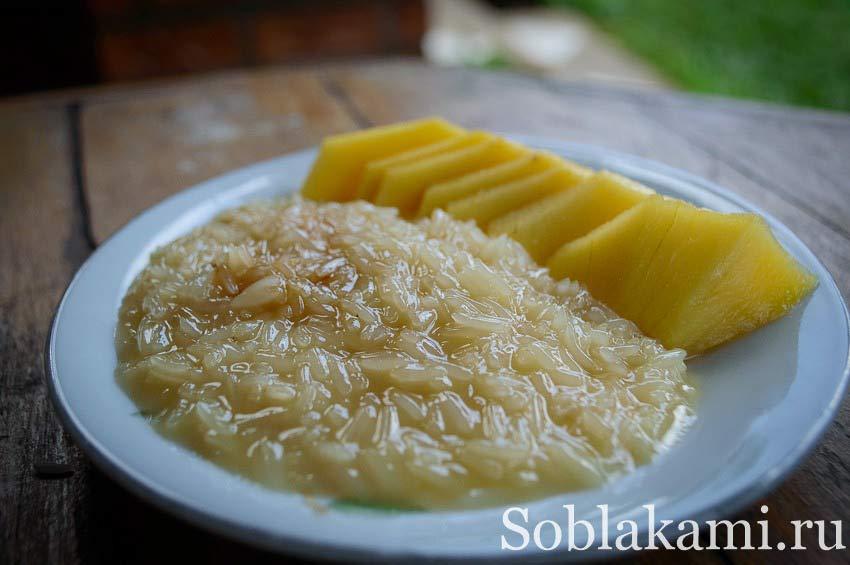 Тайский десерт: стики райс с манго